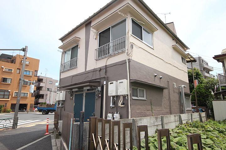世田谷上町にあります!賃料5万円台、バス・トイレ別!学生さんおすすめアパート